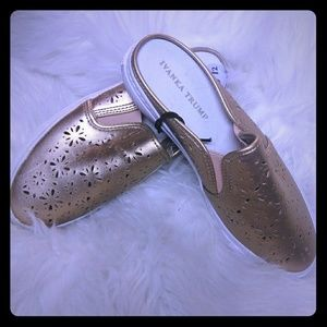 New Ivanka Trump Gold Slip Ons Cut Out Shoes 8.5